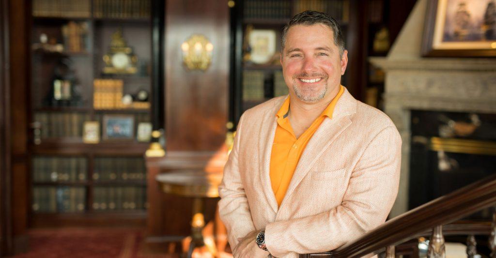 Eric Barton in Villa Collina Library